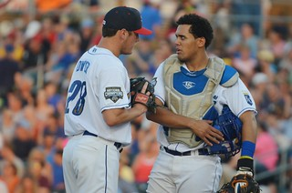 Frank Pena talking things over with Dwyer | by Minda Haas Kuhlmann
