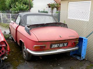 Peugeot 204 Cabriolet | by Spottedlaurel