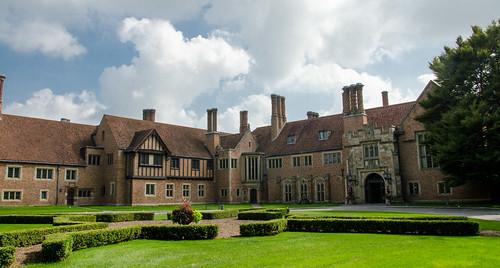 meadowbrookhall rochestermi rochesterhills mansion estate manor tudorrevival americancastle 1000views onethousandviews