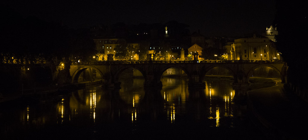 Rome by night - Tevere