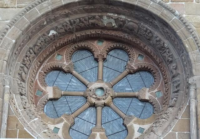 roseton fachada Iglesia Santo Domingo Soria 01