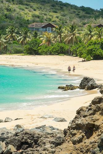 caribbean caribe happybeach saintmartin sintmaarten beach couple pareja playa tourists turistas nature landscape seascape picoftheday wilderness vacations relax