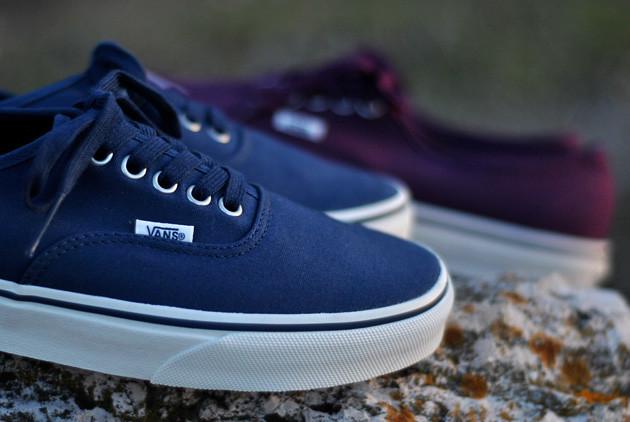 vans-authentic-bleu-bordeaux-3 | andyrakotoarsiosn | Flickr