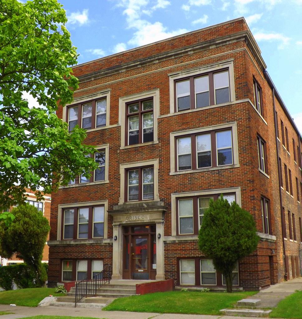Hazelwood Apartments: Facade: Briscoe Apartments, 605 Hazelwood Street--Detroit
