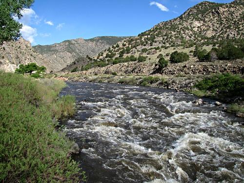 sky mountains rural river colorado canyon rapids arkansasriver bighornsheepcanyon