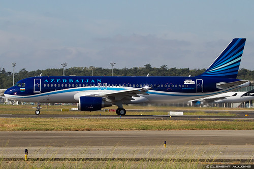 AZAL Azerbaijan Airlines Airbus A320-214 cn 6285 F-WWIQ // 4K-AI07 | by Clément Alloing - CAphotography