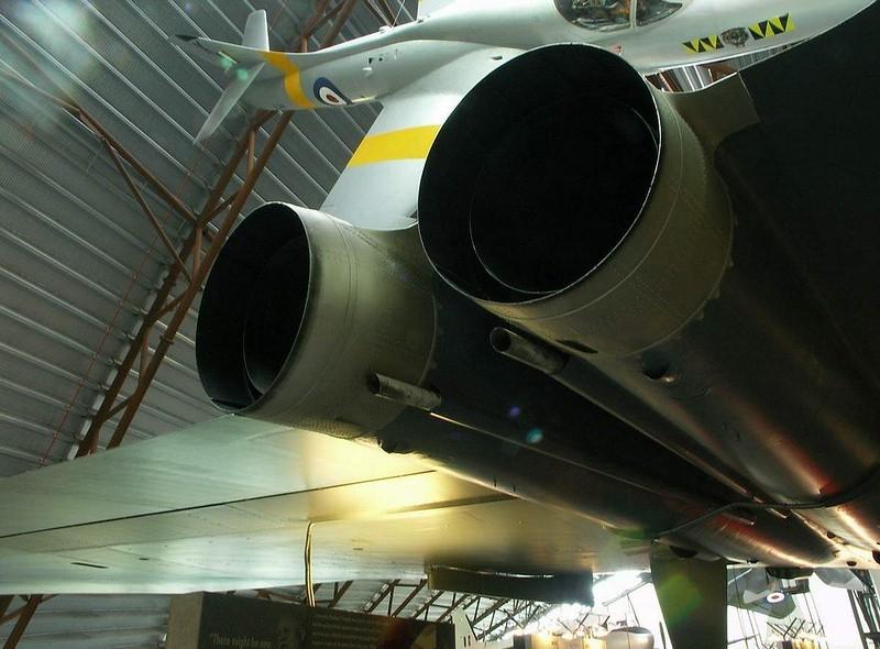 Avro Vulcan B.2 6