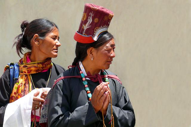 Femmes en pèlerinage à Lamayuru
