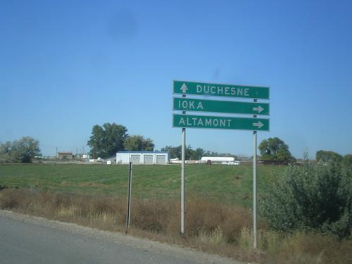 biggreensign intersection sign utah duchesnecounty us40 ut87