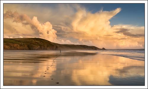 footprints beach landscape sunset cloud water refelection sky time photostyles coast sand sea newgale wales unitedkingdom gb
