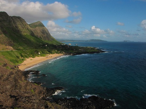 ocean morning sky mountains beach clouds canon geotagged hawaii rocks day cloudy oahu pacificocean tropical makapuubeach canonpowershotsx10is oahuphotographytours waimanolobeachparklookout
