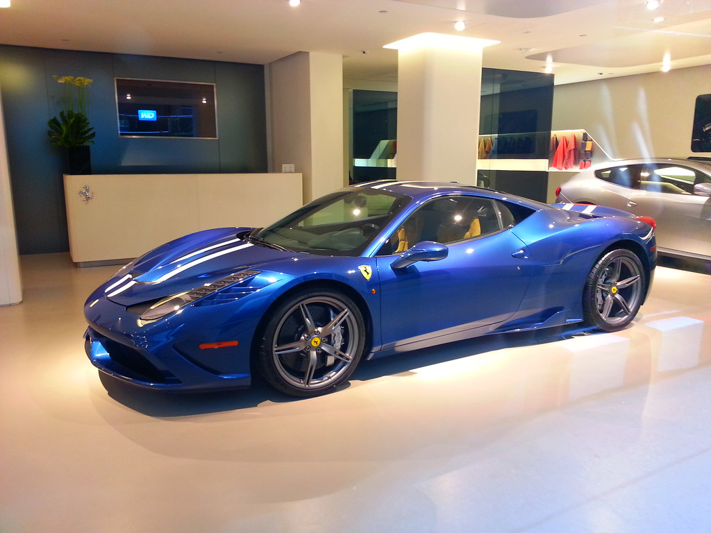 Ferrari 458 Speciale On Display At The Ferrari Dealership Flickr