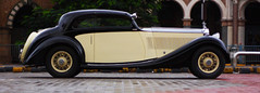 Rolls-Royce-Phantom-II-Continental_2-cut