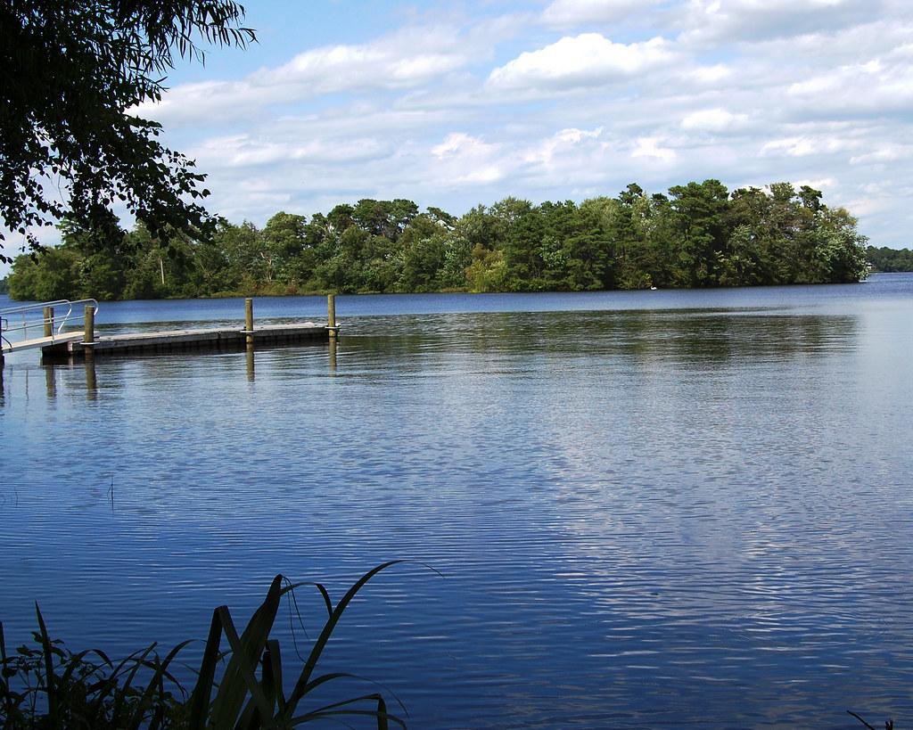 Union Lake with Platform