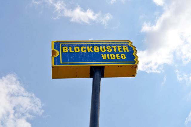 Blockbuster pole sign