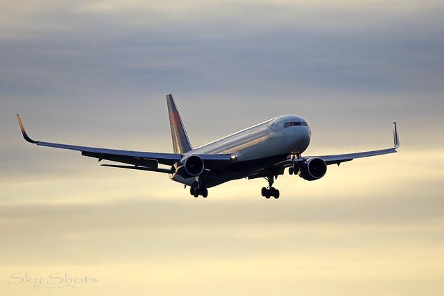 N186DN, Boeing 767-332/ER