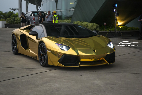 LAMBORGHINI AVENTADOR LP700-4 IN CHROME GOLD | by Global Car Wanted