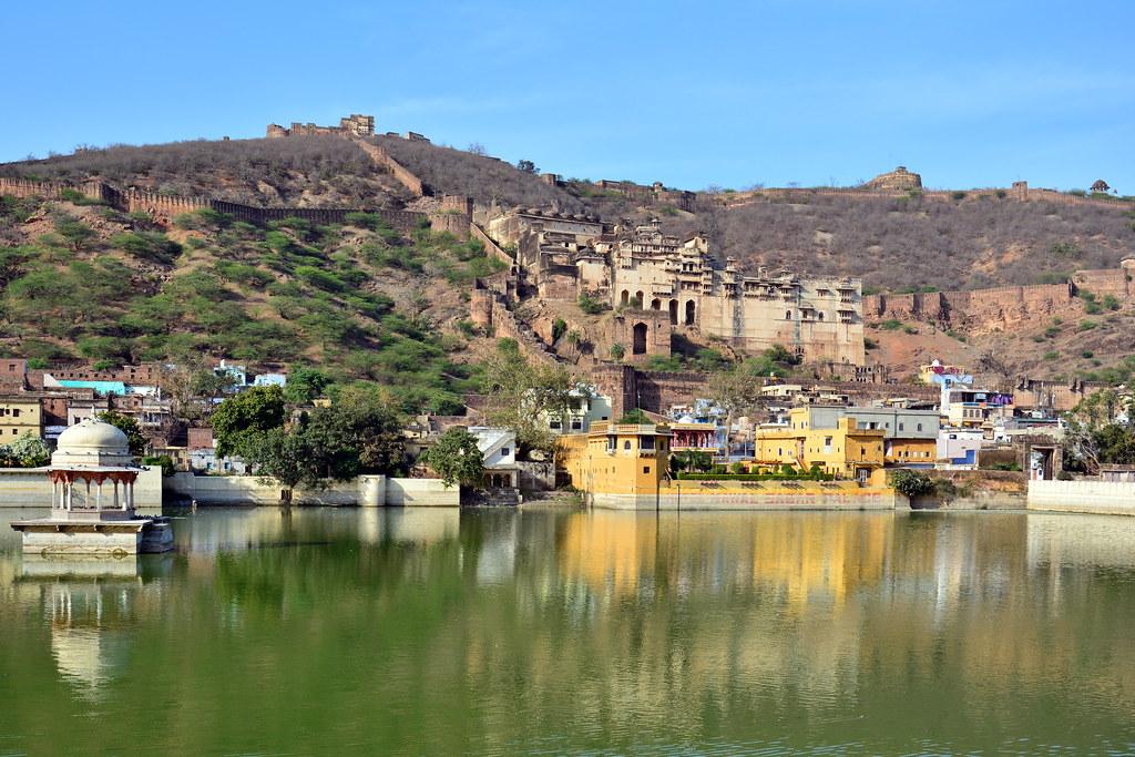 India - Rajasthan - Bundi - Naval Sagar Lake - 4