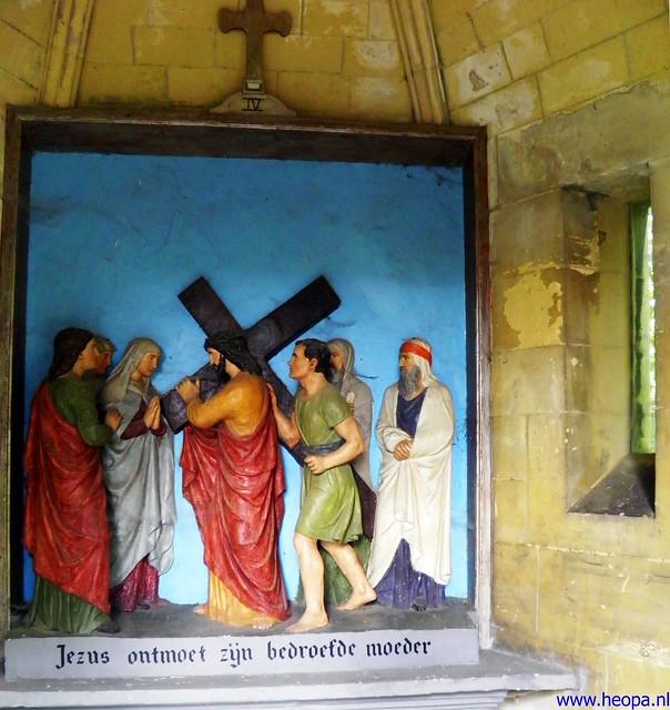 11-08-2012 De Kruisigging  (04)