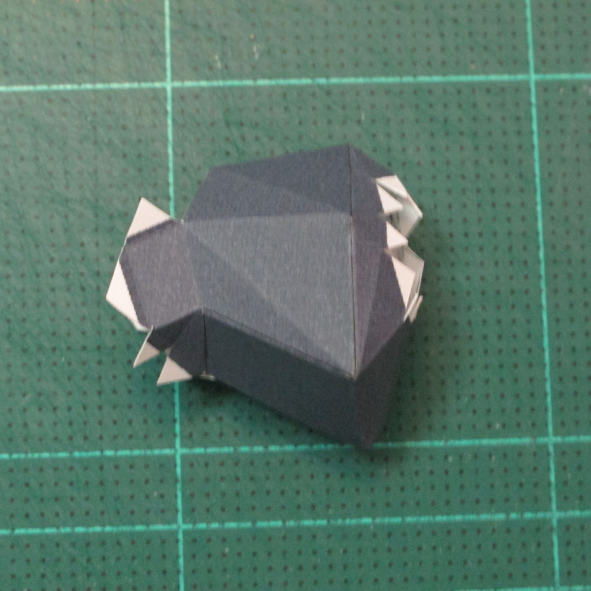 วิธีทำโมเดลกระดาษของเล่นคุกกี้รัน คุกกี้รสพ่อมด (Cookie Run Wizard Cookie Papercraft Model) 017