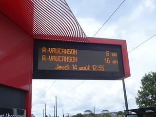 Afficheurs temps d'attente tram  - Tours FIL BLEU | by A - Bobo