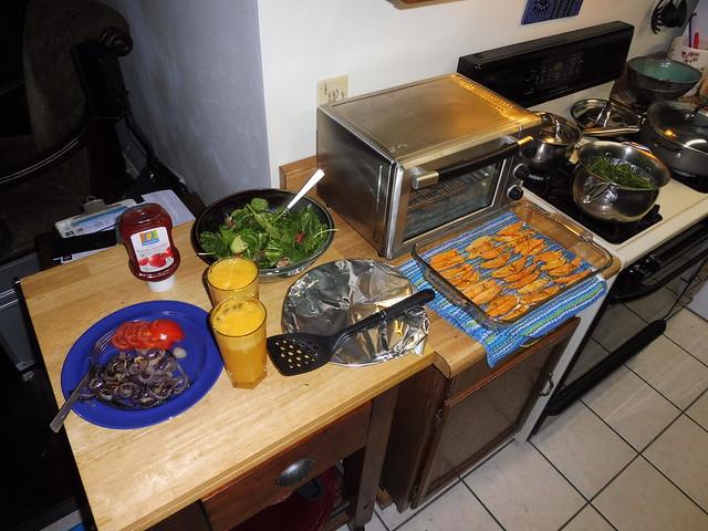 P1030194 Cez turkey patties tomato onion sweet potato baked salad