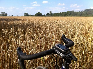 Exploring the countryside by bicycle | by Fabrizio Malisan Photography @fabulouSport