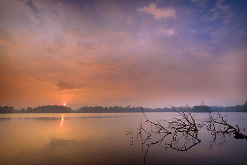 ellesmere mere morning england unitedkingdom gb lake water