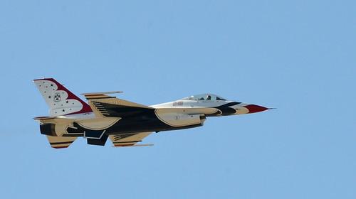 show arizona day glendale air luke az airshow f16 thunderbirds airforce usaf base unitedstatesairforce lukeairforcebase lukeday iê