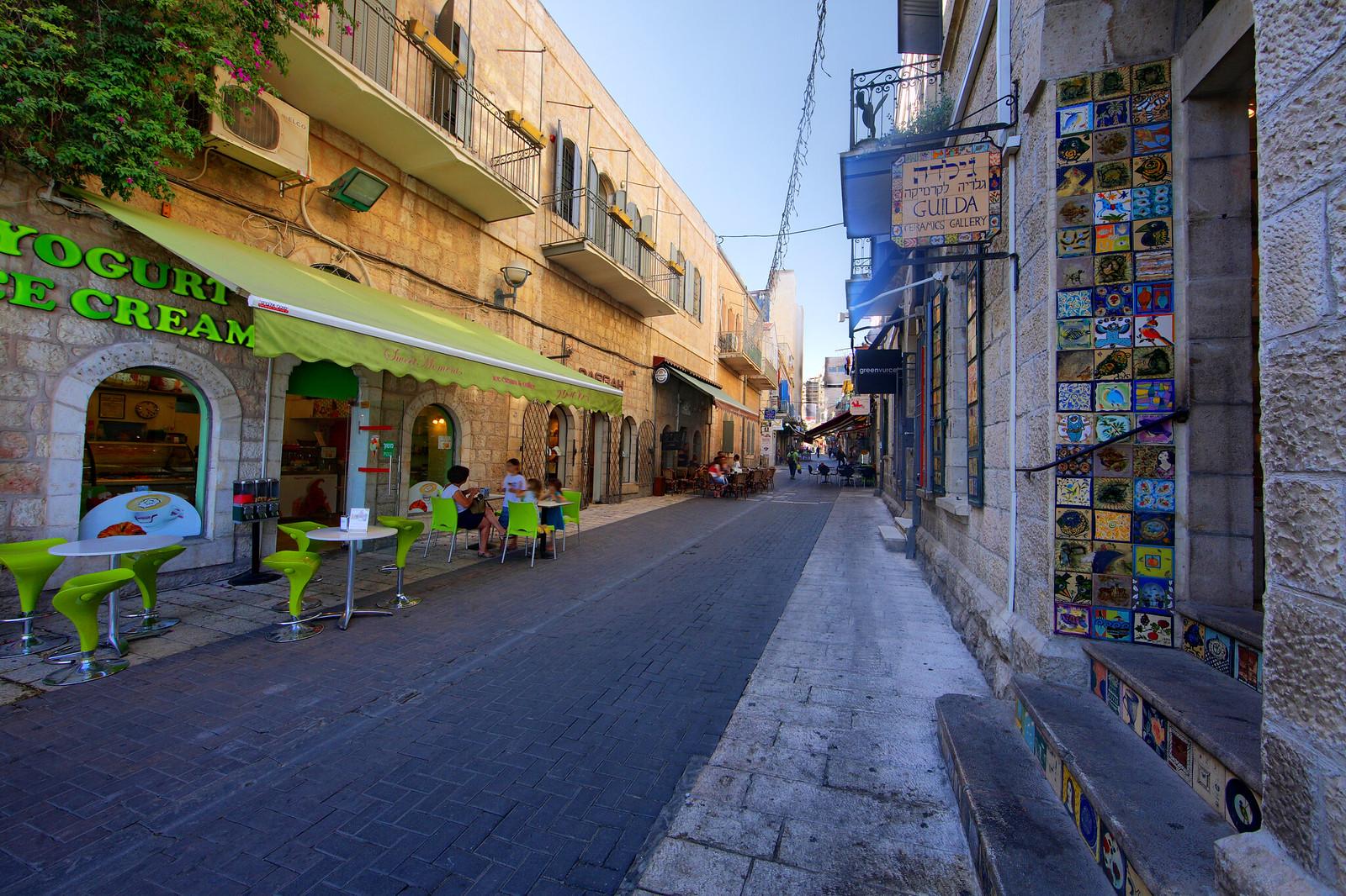 Jerusalem_City Center_3_Noam Chen_IMOT
