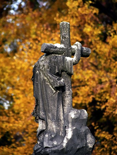 "Cincinnati - Spring Grove Cemetery & Arboretum ""Jesus & Cross"" 