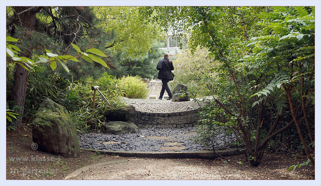 Paris, UNESCO Garden of Peace - Jardin Isamu Noguchi | 2013-09