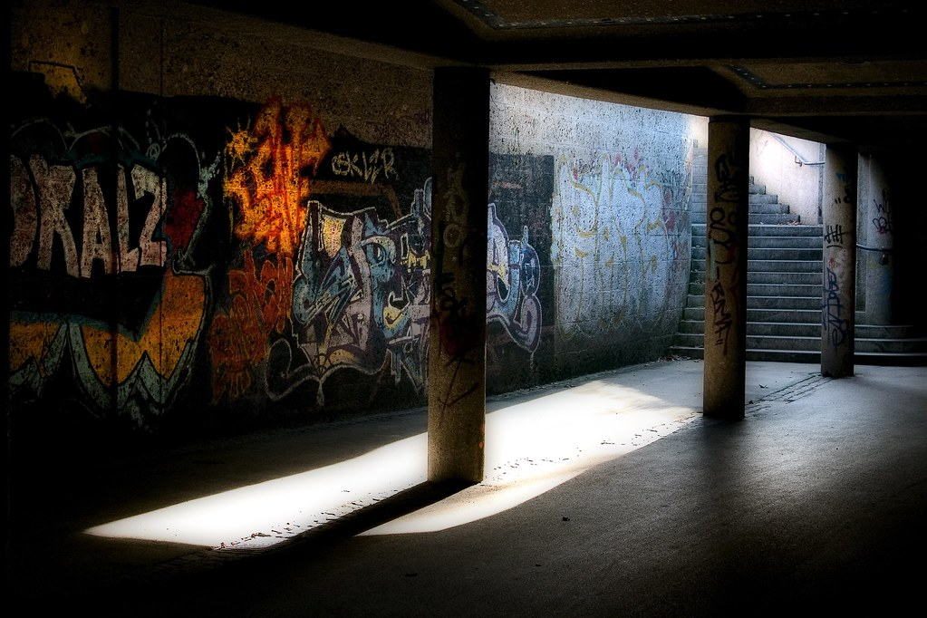 Unter den Isarbrücken | Under  the bridge
