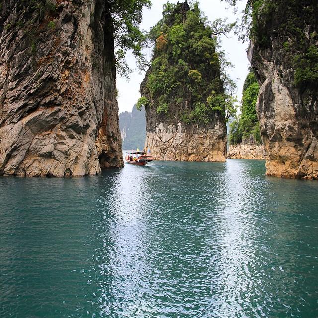Between the three rocks of Khao Sok