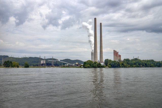 Kingston Fossil Plant, Watts Bar Reservoir, Roane County, Tennessee