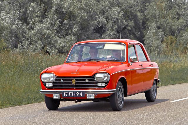 Peugeot 204 GL Berline 1975 (4125)