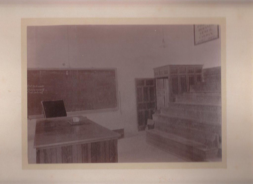 Una clase del instituto. Colección Luis Alba