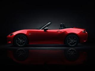 Mazda-MX-5-2014-Unveiling-05