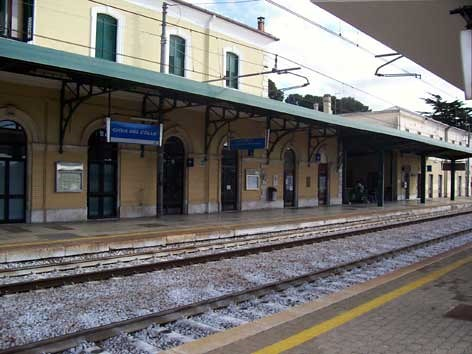stazione ferroviaria gioia del colle