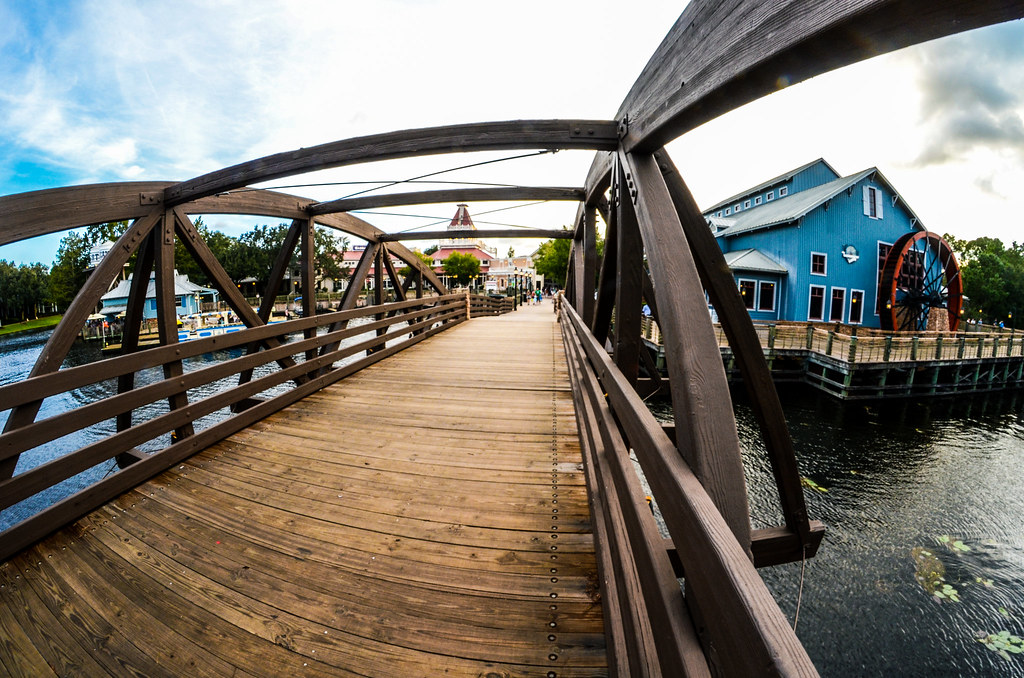 Port Orleans bridge