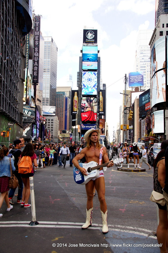 How the Naked Cowboy makes $150,000 a year