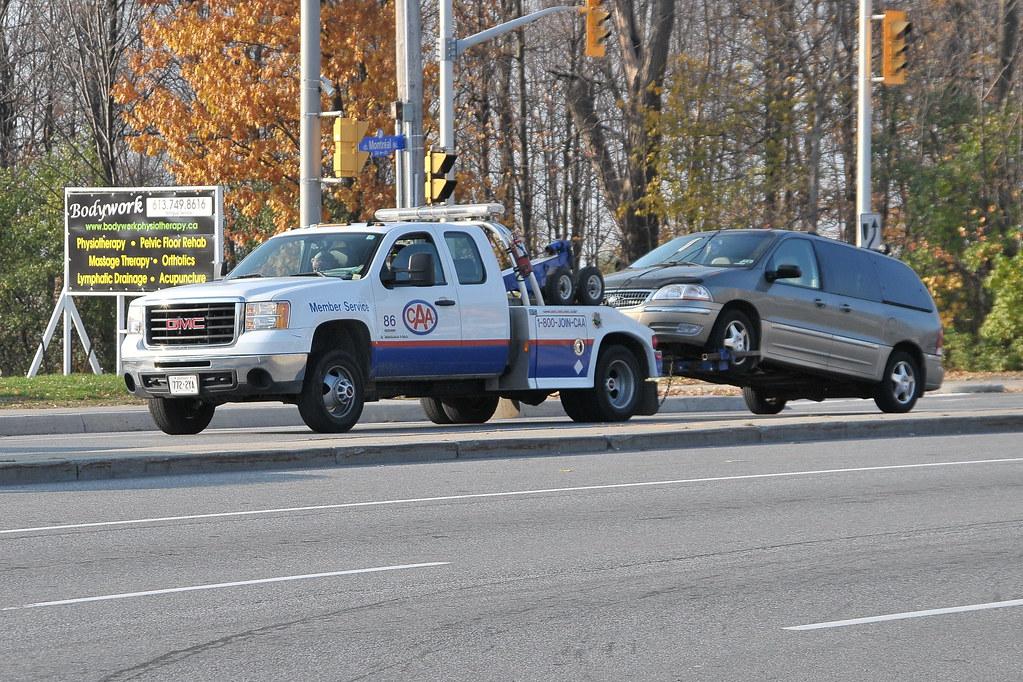 Tow Truck Ottawa >> Caa 86 Gmc Tow Truck With Minivan Ottawa Ontario Canada 1 Flickr