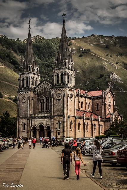 Camin de la Basilica