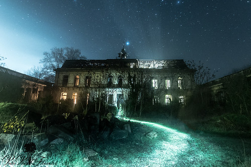 casaencantada fotografiandolanoche lightpainting night palacetedelosgosálvez road to perdition landscape