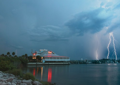 kmprestonphotography lightningstorm lightning indianriver sebastianfl storm yahooweather projectweather florida landscape nature thunderstorm night cloudy 100views planetearth threeofakind