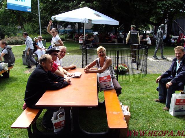 19-07-2009    Aan komst & Vlaggenparade (11)