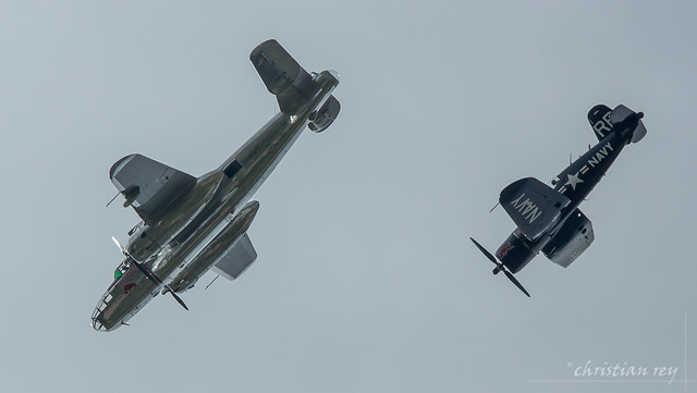 Training Air14 Payerne: B-25 Mitchell & F4U Corsair en piqué