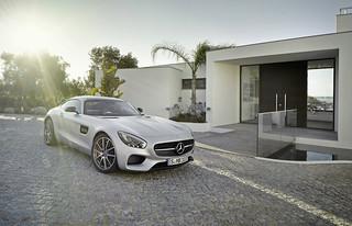 Mercedes-AMG-GT-2014-26