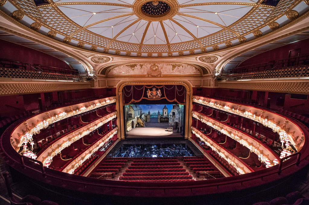 The auditorium of the Royal Opera House © ROH 2016. Photograph by Sim Canetty-Clarke