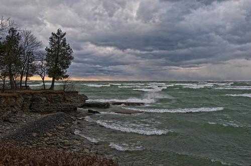 princeedwardcounty pec lakeontario weather waves winter storm lakeshorelodge sandbanksprovincialpark ontario